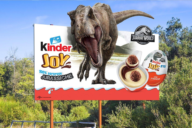 kinder-joy-jurassic-world-billboard-the-bear